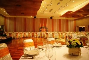 Esküvõhelyszín, rendezvényhelyszín. Boscolo Hotel New York Palace. Roma rendezvényterem.